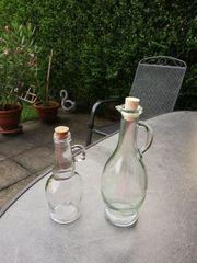 Flaschen mit Henkel