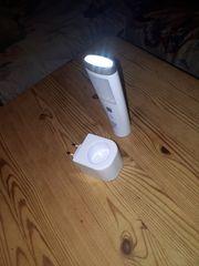 Gebe Notbeleuchtung Taschenlampe