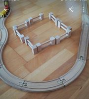 Holzeisenbahn 28-teilig