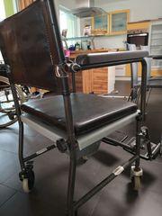 Dusch- und WC-Rollstuhl