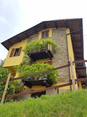 Langhe Piemont-Italien Restauriertes Landhaus Villa