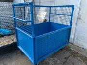 Rollcontainer mit Gitteraufbau