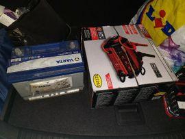 Auto Batterie Ladegerät NEU OVP: Kleinanzeigen aus Hohenems - Rubrik Batterien