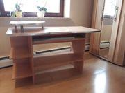 Schreibtisch in Buchen-Optik