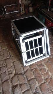 Hundetransportbox