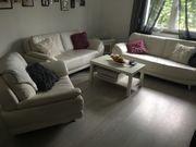weiße Kunstleder Couch 2 Jahre