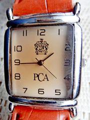 Ungetragene Unisex -Armbanduhr mit Lederarmband