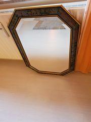 Schöner großer Spiegel abzugeben