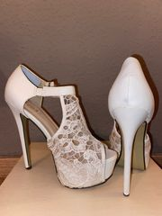 High Heels getragen
