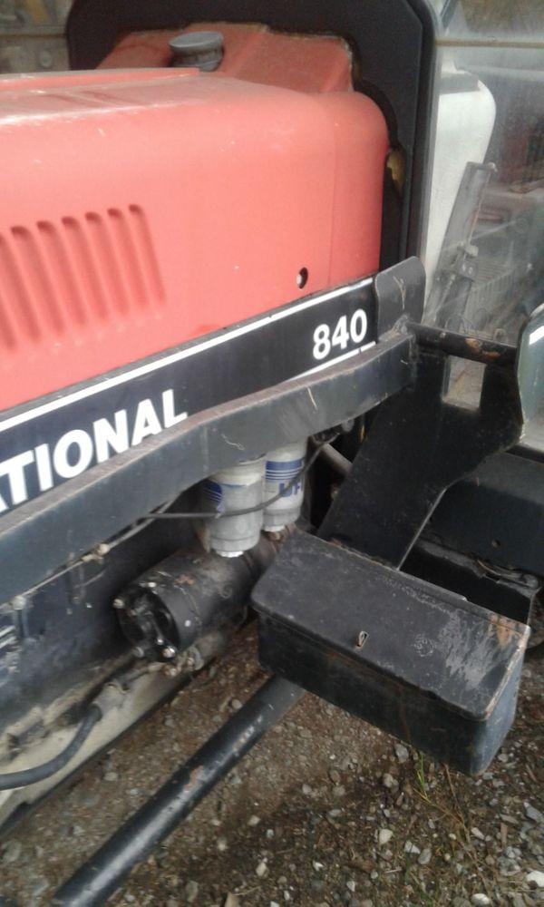 traktor case international 840A