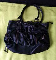 Verkaufe eine Handtasche