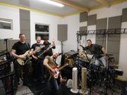 Schlagzeuger für Classic-Rock Coverband gesucht