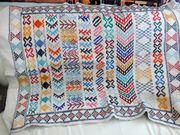 Hangeknüpfter Wandteppich aus Tunesien oder