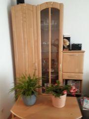 Wohnzimmerwand Barschrank und passendes TV-Rack