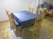 Tisch und 6 Stühle