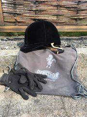Reithelm inklusive Handschuhen