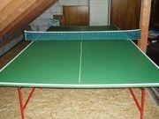 Tischtennisplatte mit Netz 5 Schlägern