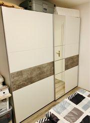 Schwebetürenschrank weiß grau mit Spiegel