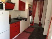 Komplett neuwertige kleine Küche zu
