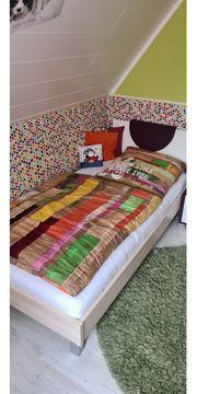 Schönes Jugendbett zu verkaufen