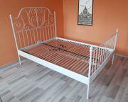 Leirvik Bett weiß Metall - sehr