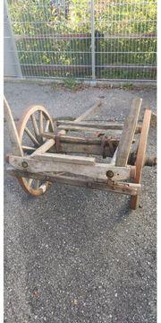 Fuhrwerk antik für Deko