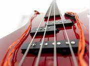 Oldie-Band sucht Bassist In Ü60 -