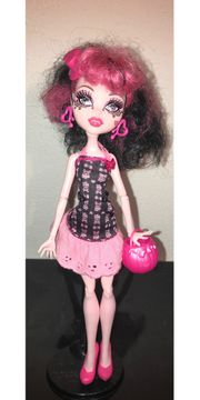 Monster High Puppe Draculaura