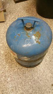 gebrauchte 2 7kg Camping-Gasflasche