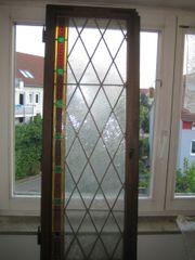 Altes Bleiglasfenster