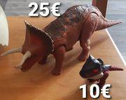 2 Jurassic World Dinosaurier