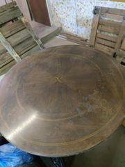 Massiver Holztisch zu verkaufen