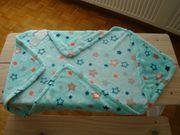 1 Babyeinschlagdecke mit Kaputze unbenutzt
