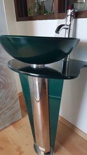 Designer Waschbecken aus Glas und