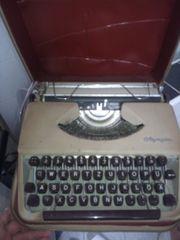 alte Schreibmaschinen 5x
