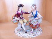 Sitzendorfer Porzellan Paar mit Blumen