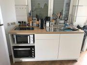 Küchenzeile im guten Zustand