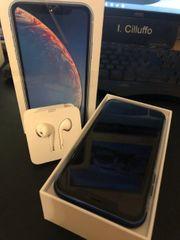 iPhone XR in Blau 64GB