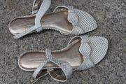 weiß-goldene Sandalen von Daniel Hechter