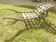 Holzschubkarren