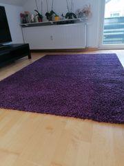Teppich von IKEA lila