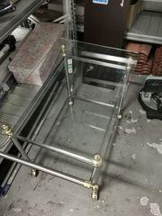 Glas-Beistelltisch mit Einlegegeplatte rollbar