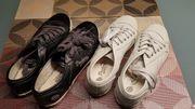Sneaker - 2 Paar weiss schwarz - Neuwertig