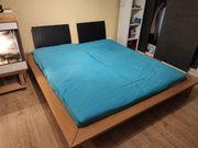 Doppelbett mit 2 Matratzen