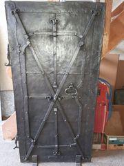Eisentüre antik
