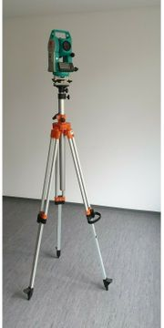 Tachymeter Sokkia SET610
