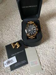 Armani Uhr schwarz Gold