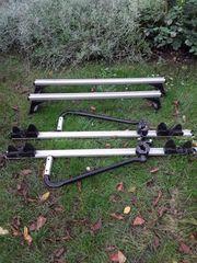 Dachträger mit zwei Fahrradhalter Für