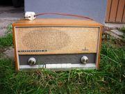 Zwei alte Radio