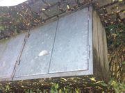 Mülltonnenbox aus Beton für Gartengeräte